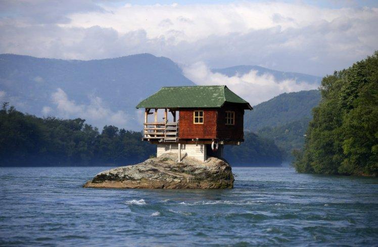 houseriver